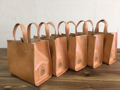開店一周年記念にトートバックを作りました。|ブックカフェウルム|神戸、摂津本山、岡本